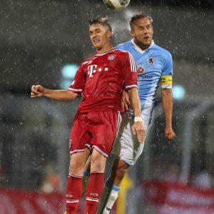 v.l.: Tobias Schweinsteiger ( FC Bayern München ), Manuel Bühler ( TSV 1860 München ) Fussball Regionalliga Saison 2013 / 2014 : FC Bayern München II - TSV 1860 München II  2:0 Grünwalder Stadion Copyright by : sampics Photographie Bierbaumstrasse 6 81243 München TEL.: ++49/89/82908620 , FAX : ++49/89/82908621 , E-mail : sampics@t-online.de Bankverbindung : Hypovereinsbank München  Konto : 1640175229 , BLZ 70020270 weitere Motive finden sie unter :  www.augenklick.de